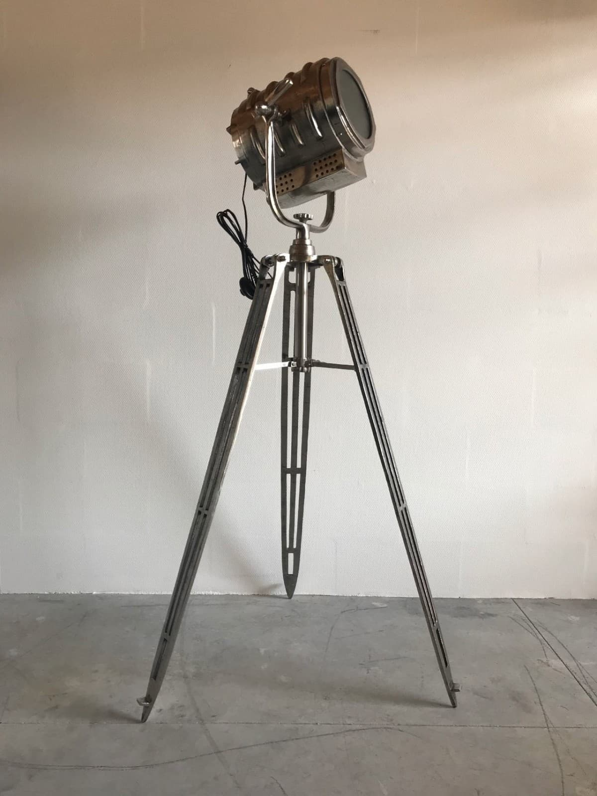 Beste Fantastische filmlamp 2 - OTIQ PB-63